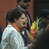 Priyanka Gandhi Vadra demands CBI probe to ascertain facts about #39;grant of protection#39; to gangster Vikas Dubey