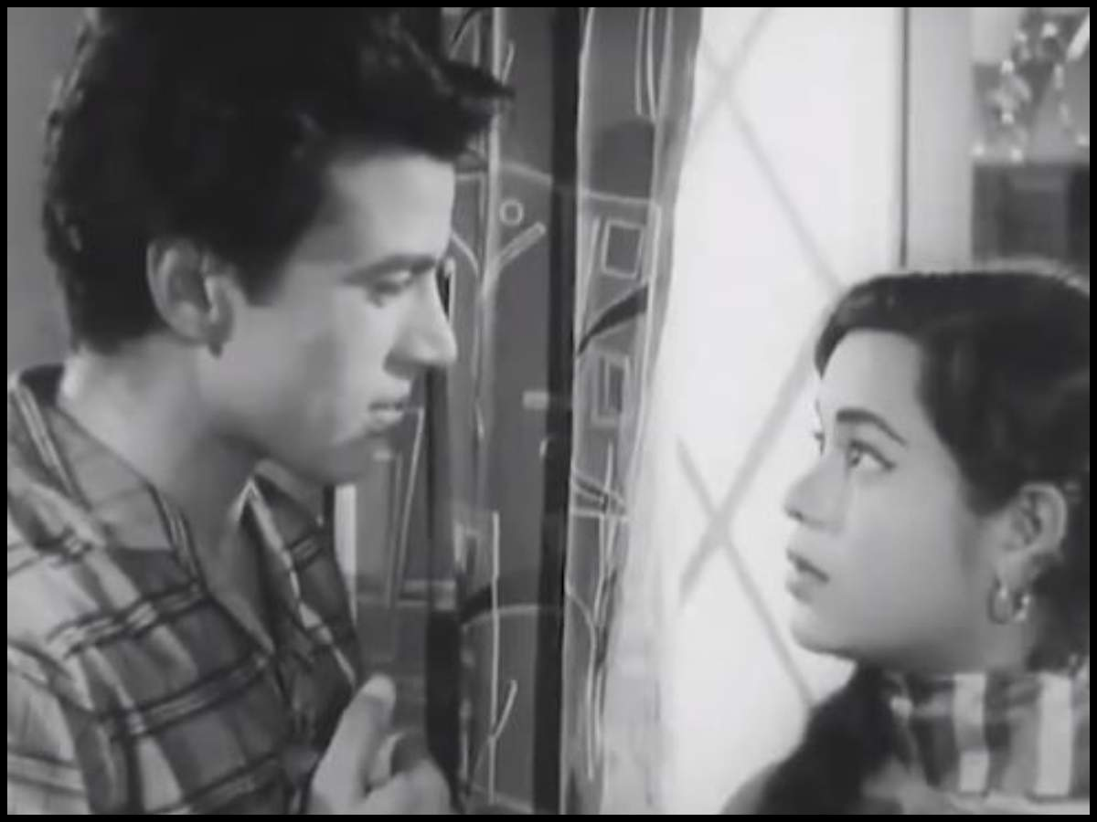 Dharmendra mourns the loss of Kumkum