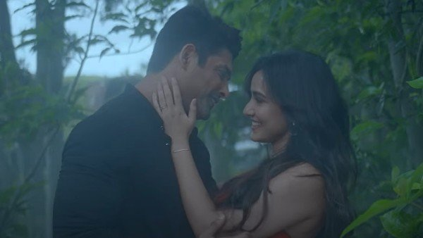 Sidharth Shukla-Neha Sharma's Dil Ko Karaar Aaya Out: You Can't Take Your Eyes Off This Cute Couple
