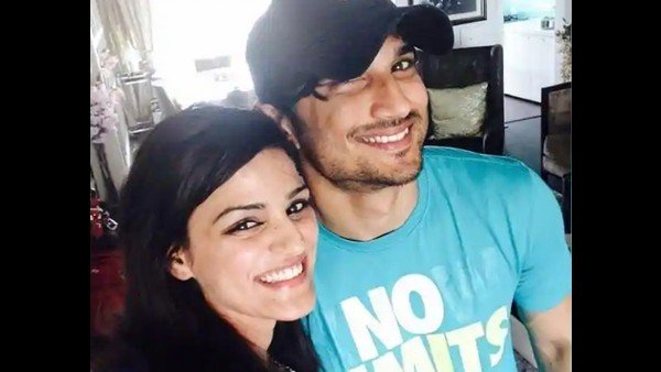 Sushant's Sister Shares WhatsApp Chat With Late Actor From May 22; Says 'You Loved Us So Dearly'