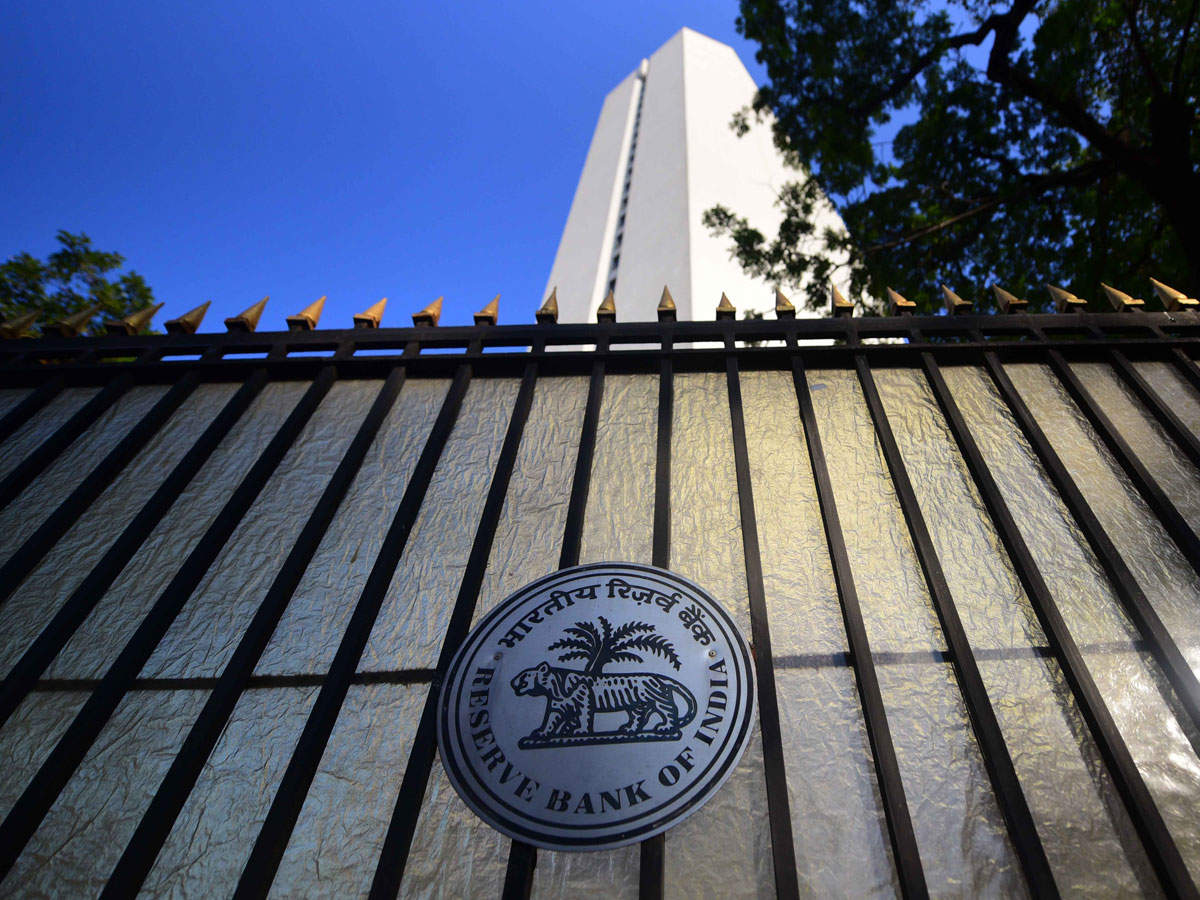 Delhi High Court stays RBI's show cause notice to UVARCL