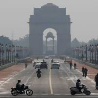 Delhi#39;s air quality inches closer to #39;severe#39; zone