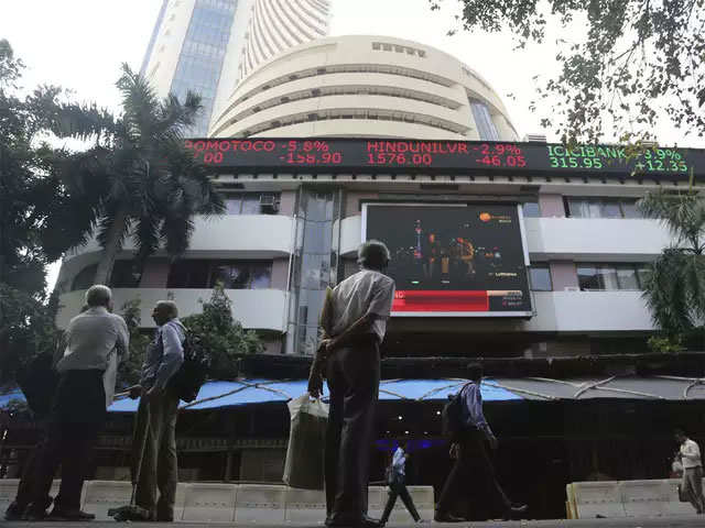 Sensex ends 470 points down, Nifty below 14,300; SAIL plunges 6%