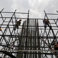 India Ratings Revises outlook for Infrastructure to #39;stable#39; for FY22