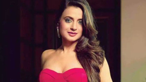 Kaho Naa Pyaar Hai Actress Ameesha Patel Dragged To Court In A Multi-Crore Cheque Bounce Case