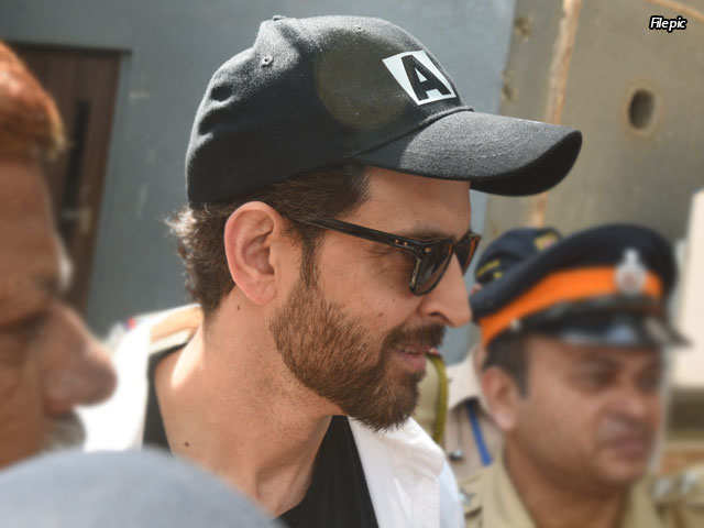 Fake email case: Hrithik Roshan appears before crime branch to record his statement